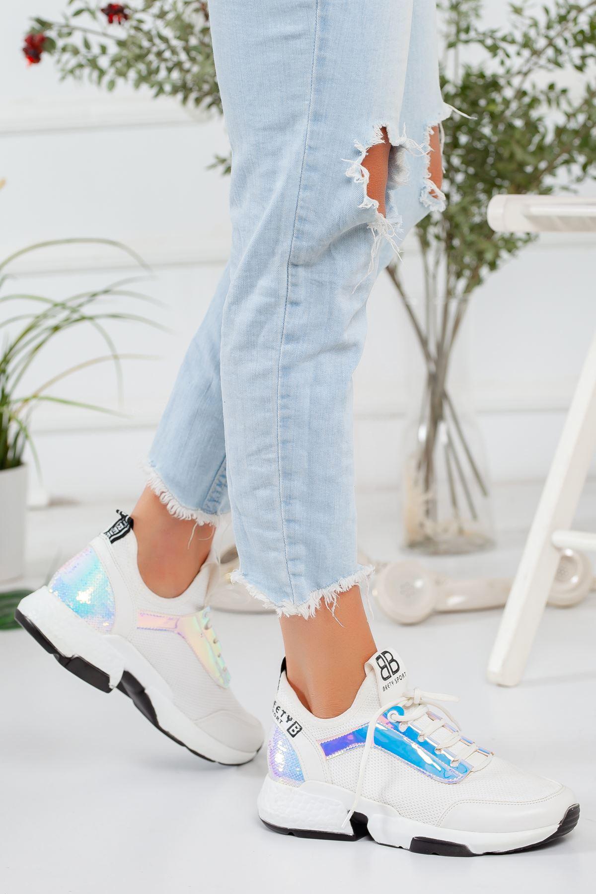 Hologram Detaylı Beyaz Sneaker