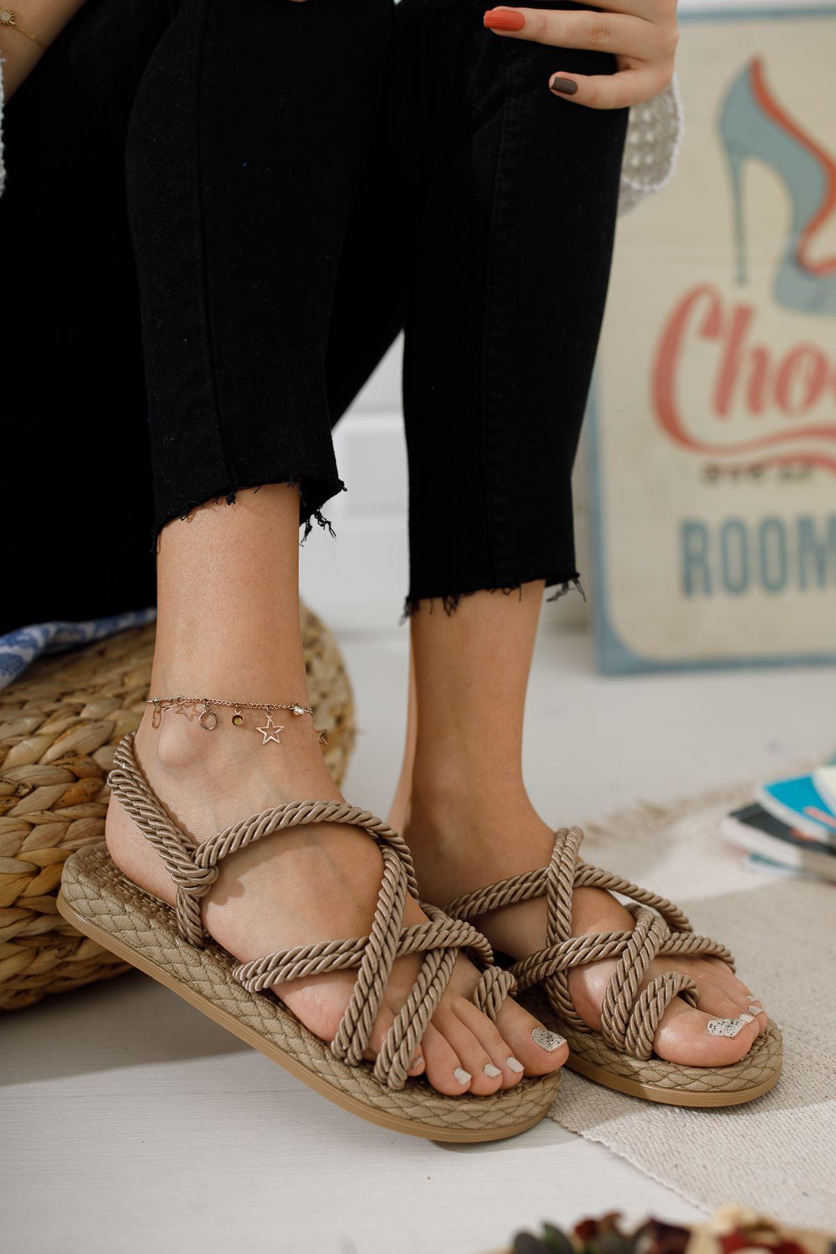 Vizon Parmak Arası Halat Sandalet