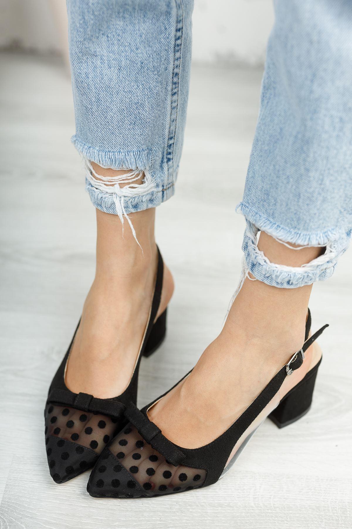Siyah Süet Puantiyeli Sivri Burun Kalın Topuklu Ayakkabı