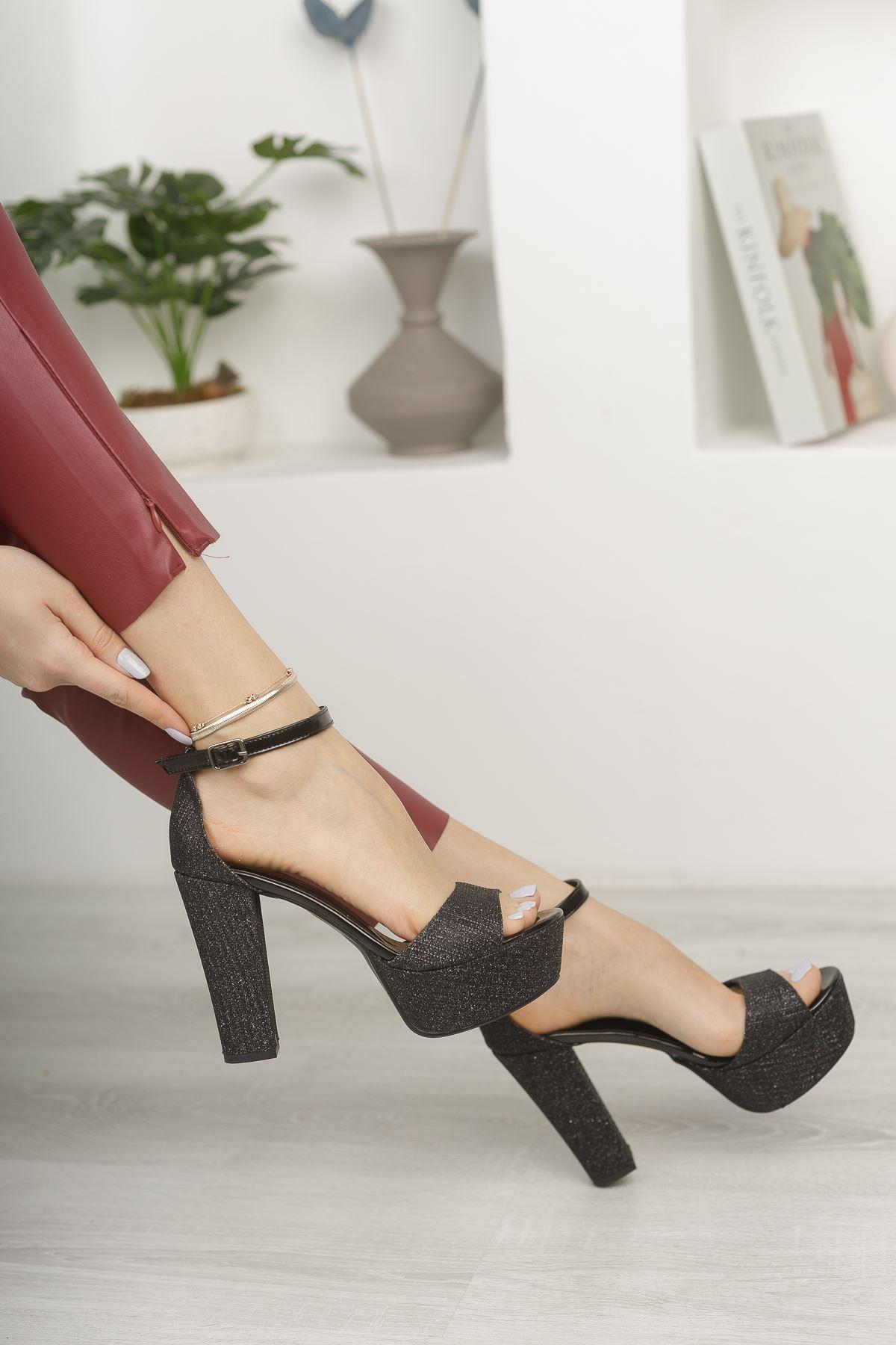 Siyah Simli Yüksek Platform Topuklu Abiye Ayakkabı