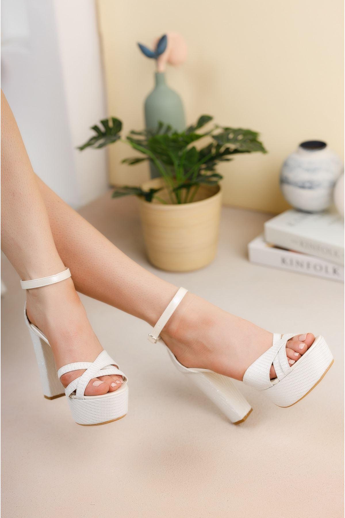 Beyaz Sedef Simli Yüksek Platform Topuklu Gelin Ayakkabısı