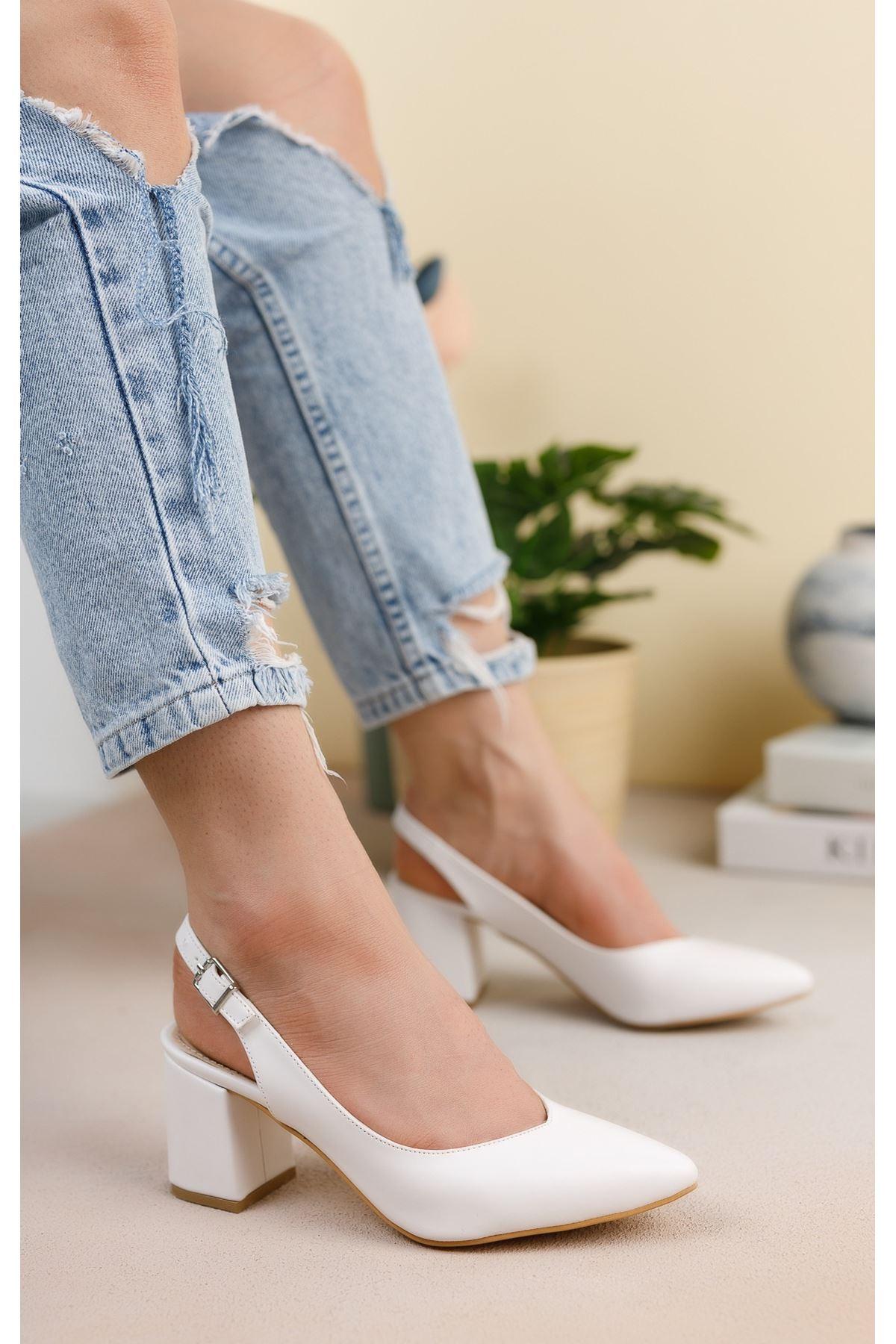 Beyaz Cilt Günlük Orta Topuklu Ayakkabı