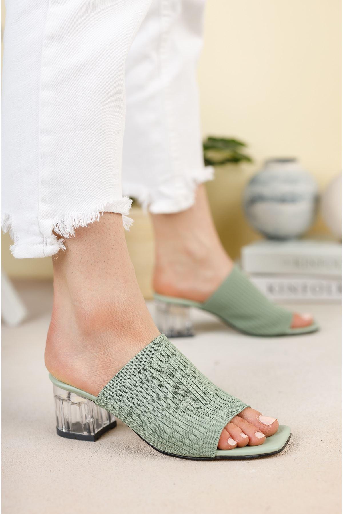 Mint Yeşili Şeffaf Kalın Topuklu Triko Terlik